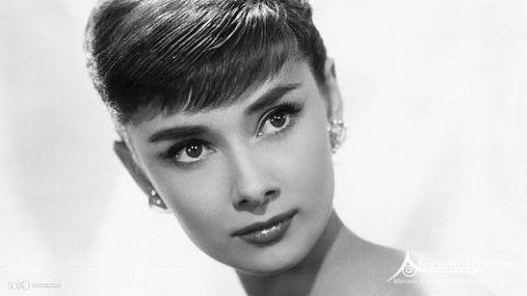 le pi belle frasi e citazioni di audrey hepburn aforisticamente. Black Bedroom Furniture Sets. Home Design Ideas